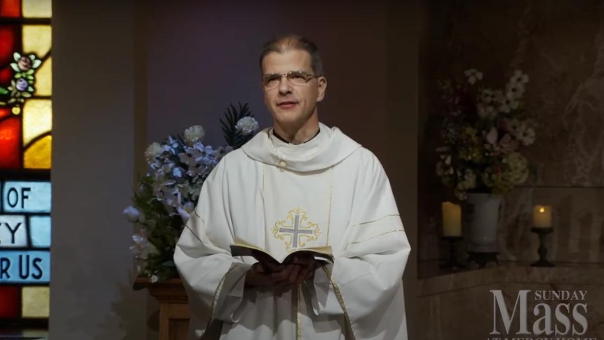 Fr. Tom Baldonieri preaching